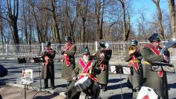 Russian band outside palace