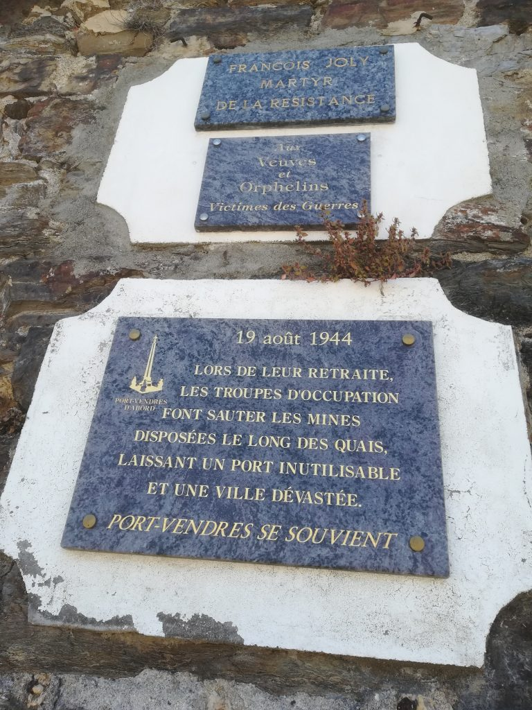 Plaque, Francois Joly & the destrution of the port